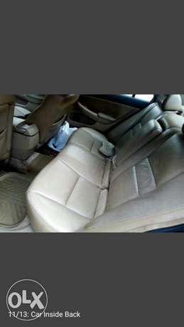 SUPER Clean  Honda Accord EX i-VTEC 2.0 2004 Ikeja - image 5