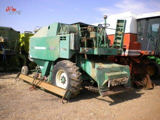 White 100 combine-harvester for parts