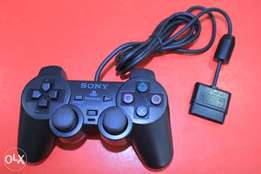 Playstation 2 game pads