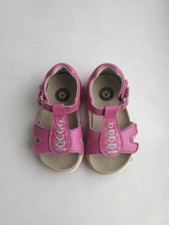 eef8793d66b83f Шкіряні босоніжки Blox 22 розмір: 230 грн. - Дитяче взуття Луцьк на Olx