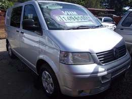 Volkswagen Transporter Crewbus 2.5 TDi in Excellent Condition!