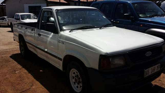 Ford Courier 2.5 Diesel Witbank - image 1