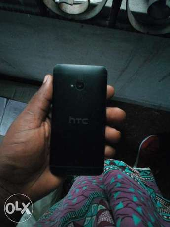 Htc m7 at a giveaway priceb Warri South - image 3