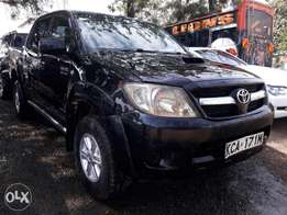 Toyota Hilux Invicible 4×4 Double Cab