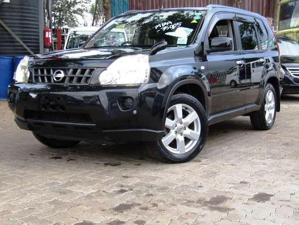 2009 Nissan Xtrail Available For Sale Nairobi CBD - image 4