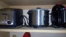 Rice cooker, sandwich maker