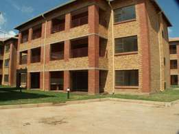 Large new units to let - Roodepoort