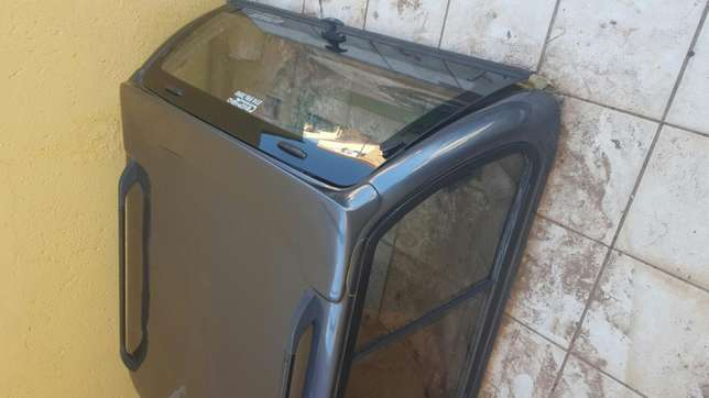 Canopy for Toyota Hilux Double cab Moreletapark - image 2