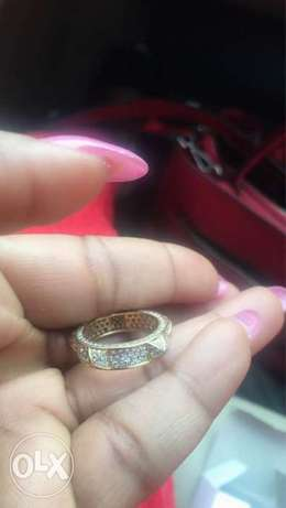 Pure Gold Engagement ring Lagos Mainland - image 2