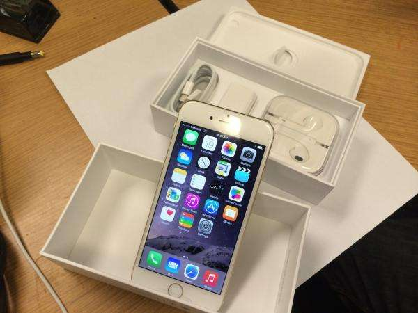 Apple iPhone 6s Plus 64gb gold for sale. Moffat View - image 3
