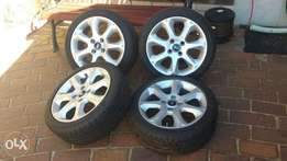 """Ford 16"""" Mag Wheels with Tyres"""