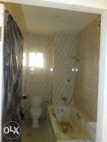 2bedroom apartment located at mabushi by Mobil filling station Wuse 2 - image 3