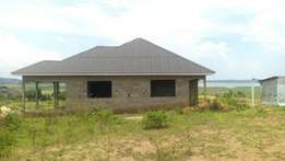 Entebe road view lake road house on sell