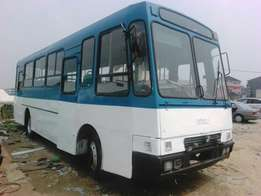 A luxurious IVECO bus 1990 model manual drive diesel engine