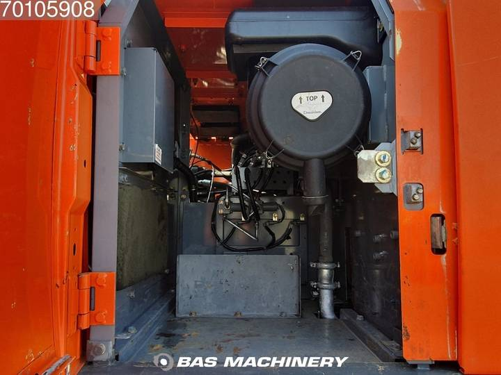 Hitachi ZX280LC-3 Nice and clean machine - 2010 - image 16