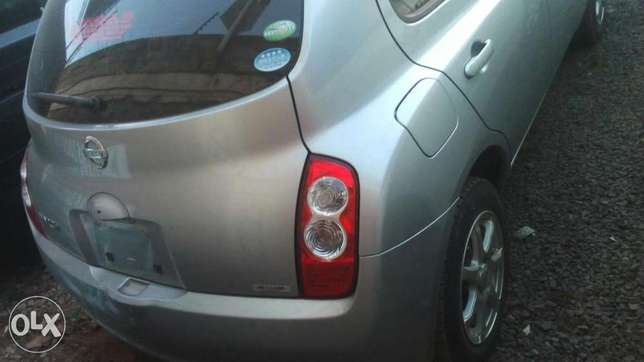 Nissan march 2010 Bomas - image 5