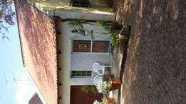 Furnished Sandton Buccleuch Upstairs Flatlet