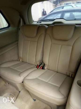 Mercedes-Benz GL450 07 model Nigeria used Ikeja - image 3