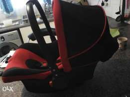 Baby car seater R500