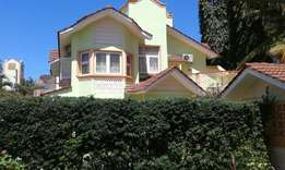 Magnificent 4bedrm villa in a gated community estate in nyali