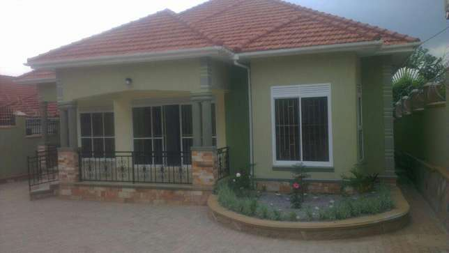 A comfortable 4 bedroom house in najjeera at 400m Kampala - image 1