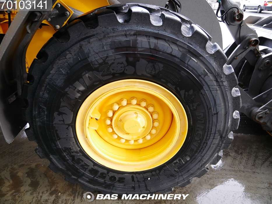 Volvo L70H Clean and ready for work - 2016 - image 10