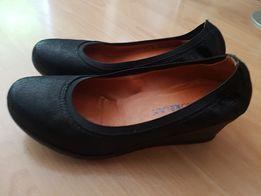 Sandały na koturnie Ryłko relax r.38 Wilamowice • OLX.pl