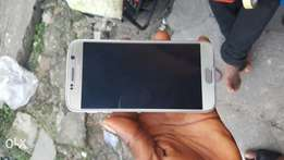 Very neat clean Galaxy s6 for sale..