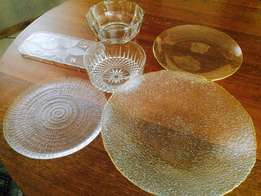 High quality glass bowls and platters – R250 for lot or buy per item
