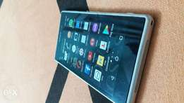 Very clean Sony Xperia Z1 in excellent condition!