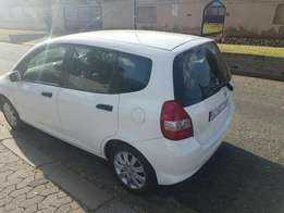 2005 Honda jazz 1.5i with aircon airbags power steering electric windo