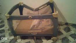 Graco Play and Pack Baby Cot