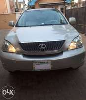 Very Clean Lexus RX330 for sale urgently
