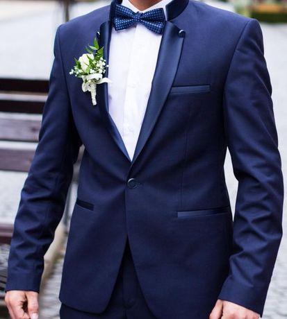Весільний чоловічий костюм  1 900 грн. - Весільні сукні Чернівці на Olx b85dd9df94bae