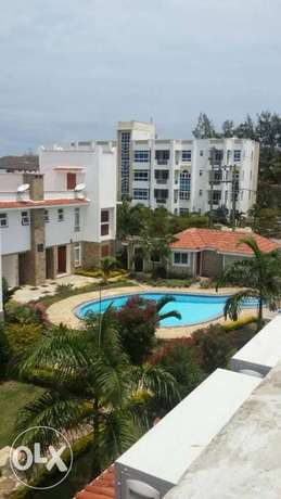 3br elegant beach villa fully furnished for rent in Nyali Mombasa Island - image 1