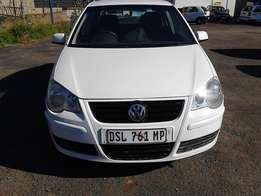 VW Polo Classic 1.6 Colour White Model 2005 5 Door Factory A/C&CD Play