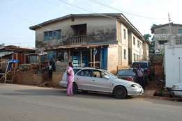 4 units of 3Bd flats for sale at Dalimo Street Ado Ekiti