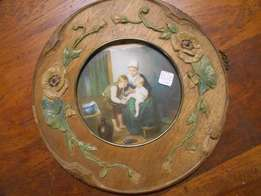 Pair Round Embossed Picture Frames