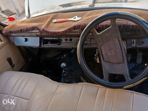 Peugeot 504 pick up for sale, working condition 5 speed inspected. Baba Dogo - image 4