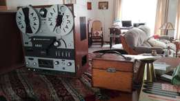 AKAI reel to reel tape recorder. In working condition