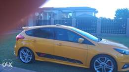 Ford Focus ST 250 with a lot of modifications