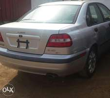 Clean 2001 tokunbo volvo s40