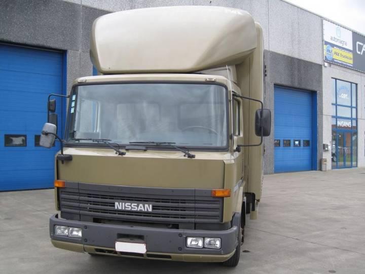 Nissan M90.150 - 1994