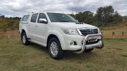 2013 Toyota Hilux 3.0 D-4D A/T D/C with canopy