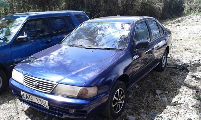 Asian owned nissan b 14 manual contact chirag Parklands - image 1