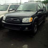 Very Sharp Toyota Sequoia 2004 Model