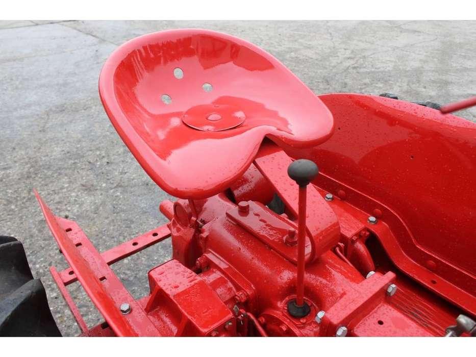 Massey Harris  Pony Benzine Tractor - 1955 - image 18