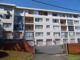 Berea, Large two bedroom flat with balcony