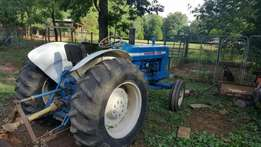 Ford tractor 5000