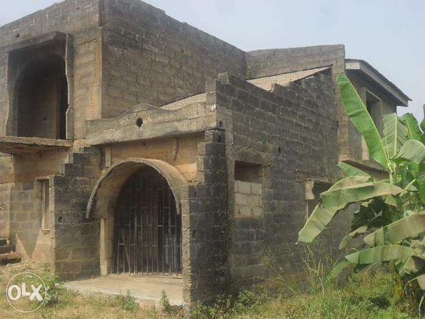 Uncompleted building Lagos Mainland - image 4